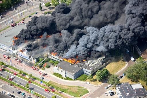 Intern noodplan, interventiedossier en plannen voor evacuatie bij brand zijn verplicht. De Nestor geeft advies.