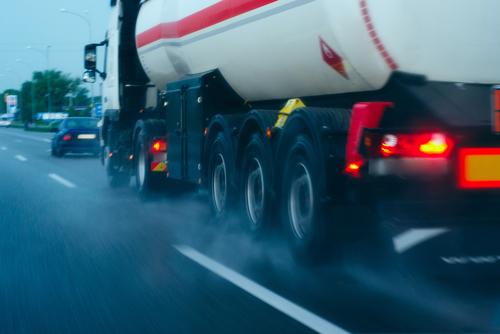 Opleidingen ADR voor chauffeurs van vrachtwagens collivervoer en tankvervoer
