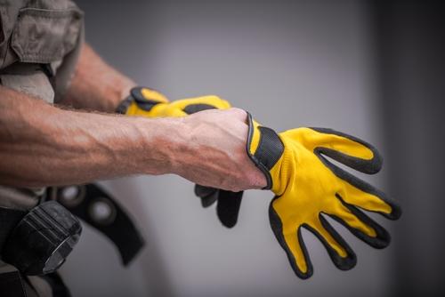 Uitgebreid aanbod opleidingen arbeidsveiligheid zoals heftruck, hoogtewerker, rolsteiger en preventieadviseur
